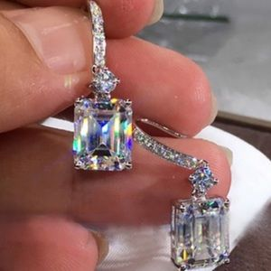 5⭐️ Stamped 925 White Sapphire Drop Earrings